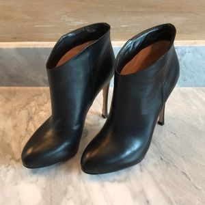 Black Gianvito Rossi ankle boots sz 36.5
